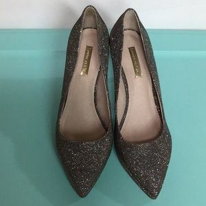 Louise eat Cie Sparkly heels